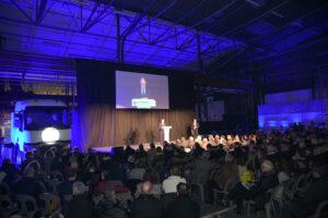 De nombreux représentants et dirigeants du monde de l'entreprise étaient présents